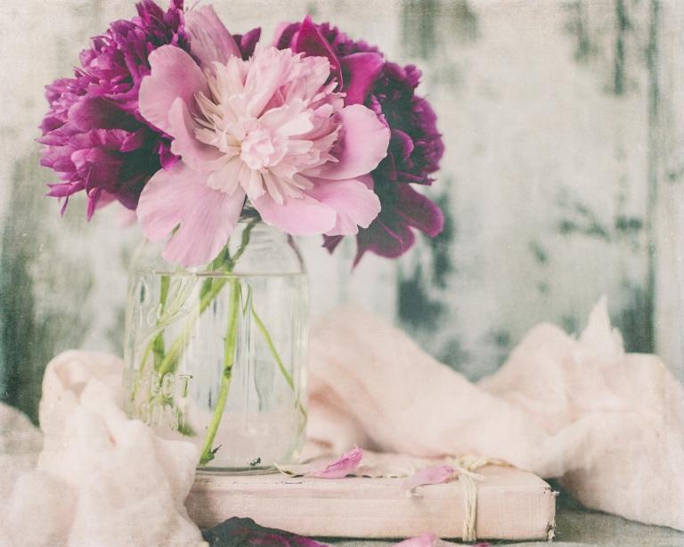 btl_crystal_peonies.pink.bk_delight
